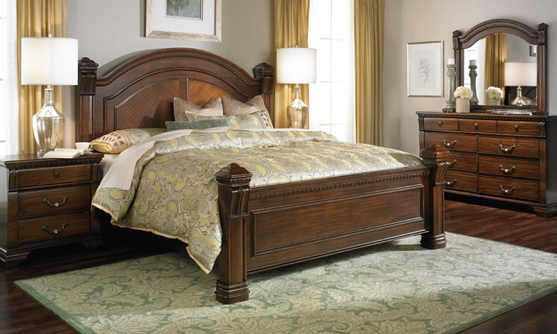 Picture of Bella Vista Old World Queen Mansion Bedroom