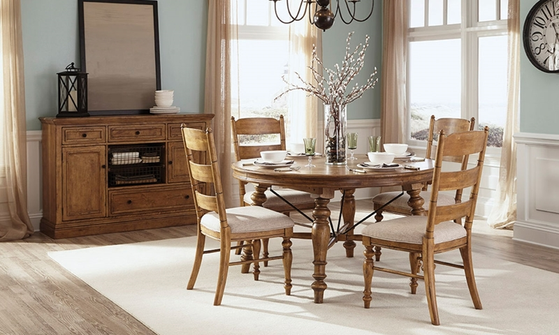 Picture of Lake House Round Dining Set