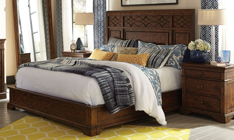Picture of Trisha Yearwood Katie Queen Mansion Bed