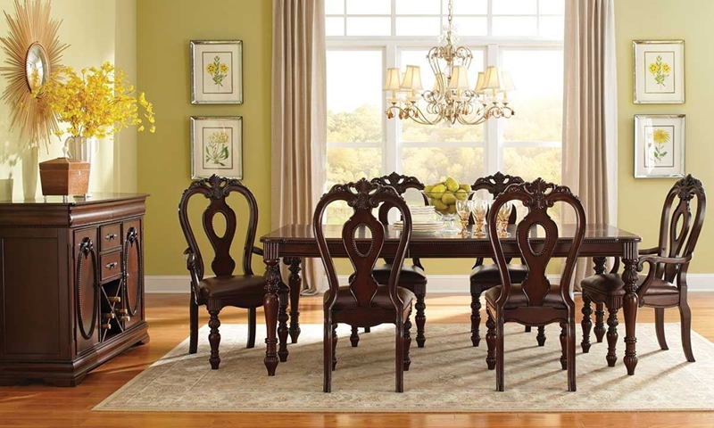 Picture of Westchester 8-Piece Traditional Dining Set