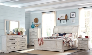 Trisha Yearwood Retreat King Sleigh Bedroom
