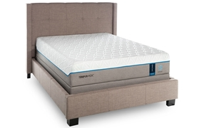 "TEMPUR-Cloud® Luxe Breeze Memory Foam 13.5"" King Mattress"