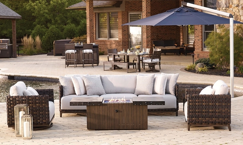 Plank U0026 Hide Saba Outdoor Living Room With Cocktail Table Fire Pit | Haynes  Furniture