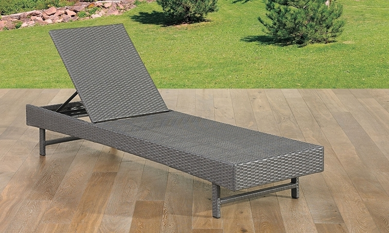 St Kitts All Weather Wicker Outdoor Chaise Lounge