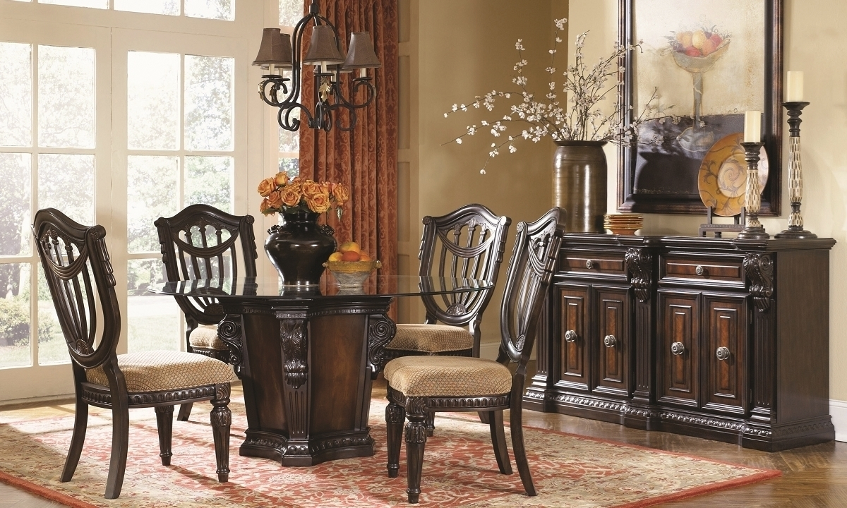 Old World Dining Set: Grand Estates 5-Piece Round Old World Dining Set