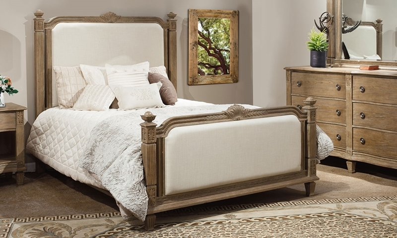 Anabelle Upholstered Traditional Queen Poster Bed in White Oak with Neutral Linen Head and Foot Panels