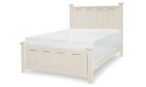 Legacy Classic Lakehouse Full Low Post Bed Pebble White