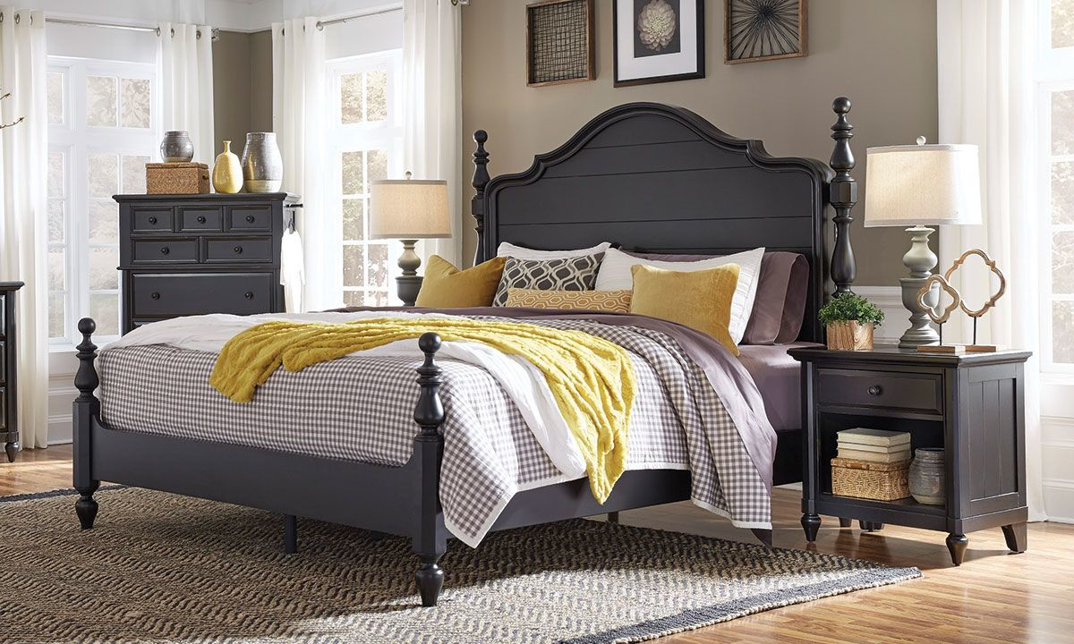 Picture of AspenHome Retreat Shade Queen Poster Bed with USB