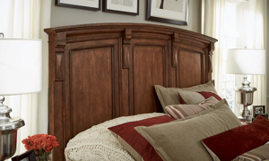 Legacy Classic High Street Queen Panel Bed