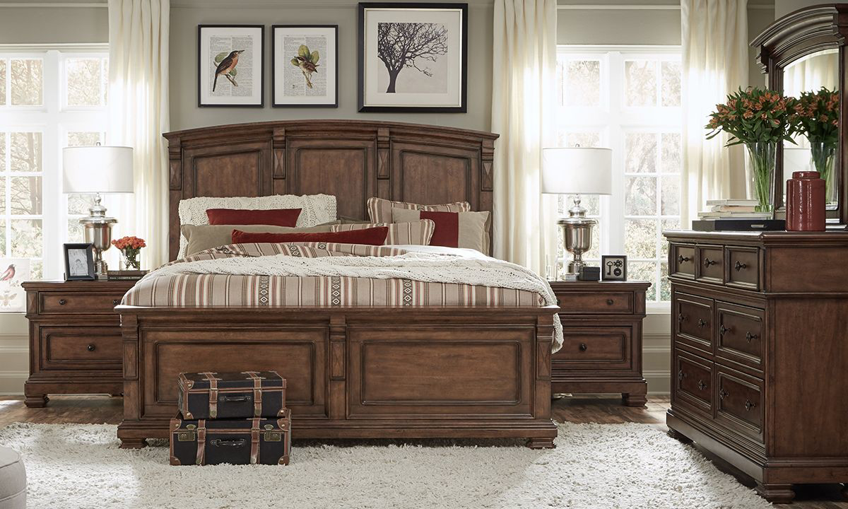 Haynes Furniture Legacy Classic High Street 5 Piece Queen Bedroom Set