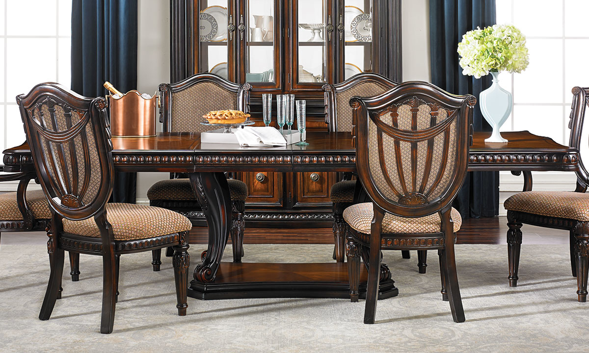 Grand Estates I 5-Piece Dining Set with Upholstered Side Chairs