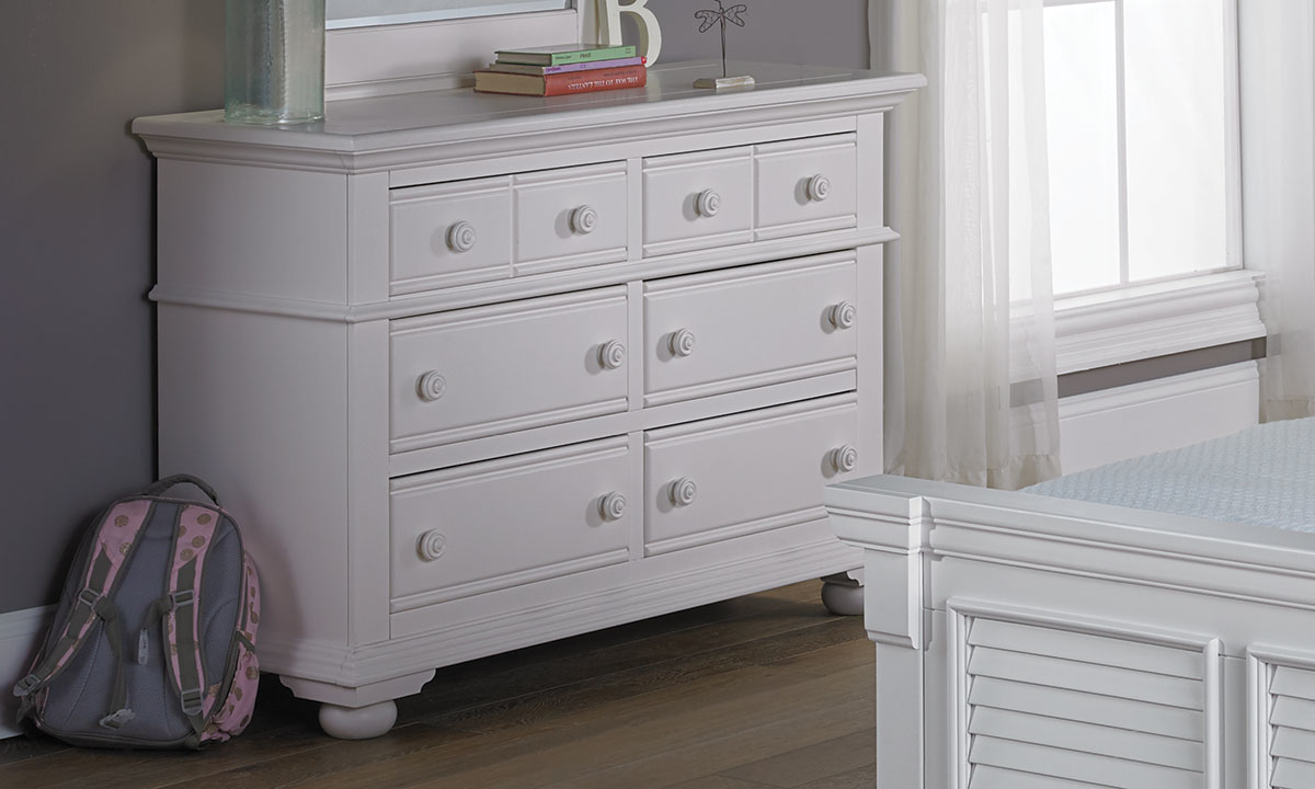 Cottage Traditions White Youth 6-Drawer Dresser