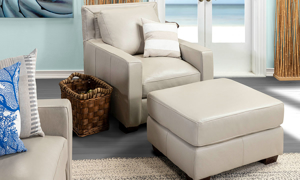 Luxurious chair and ottoman made with top quality features.